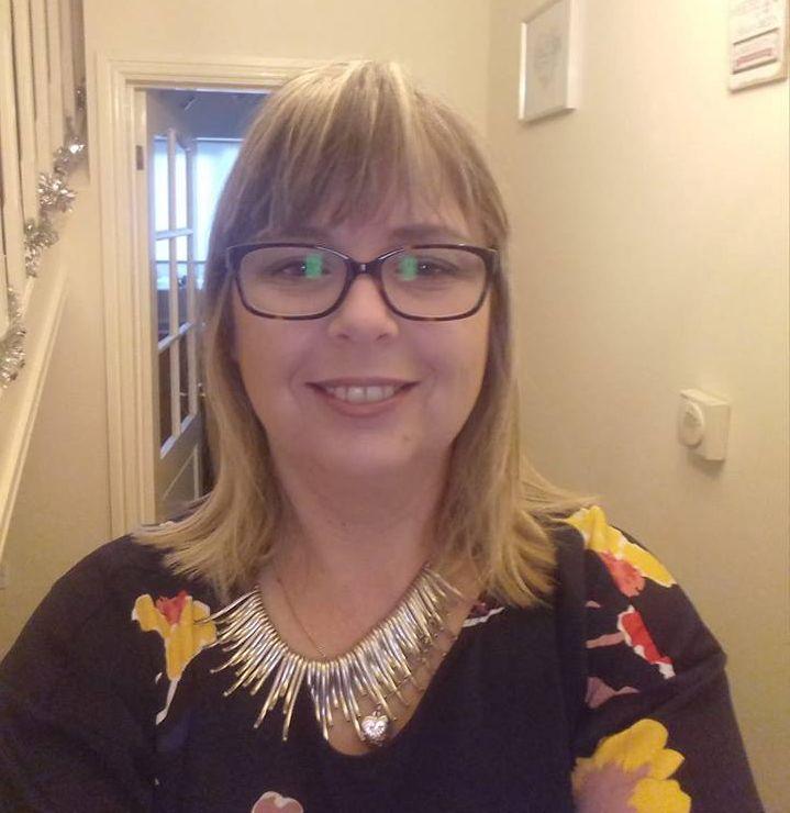 Helen Davies, Sales Negotiator